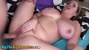 Image Cavalona tomando uma varada forte nessa vagina