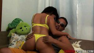 Image Mulata Safada recebendo amante em casa